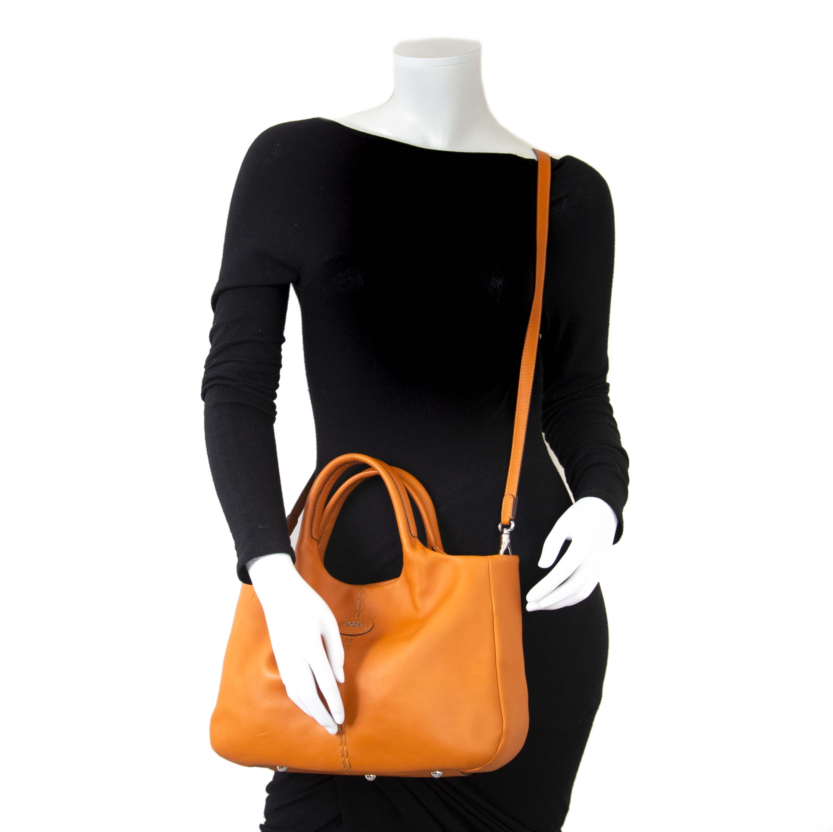6a1bf3b431 ... Tod's Orange Leather Shoulder Bag now for sale at labellov vintage  fashion webshop belgium for the