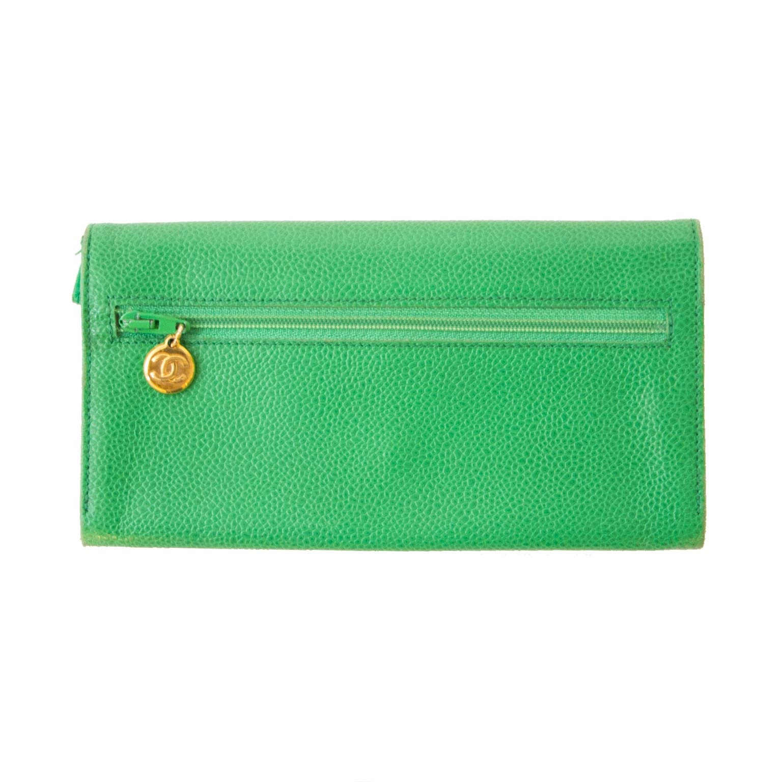 Chanel green double c wallet now for sale at labellov vintage fashion webshop belgium