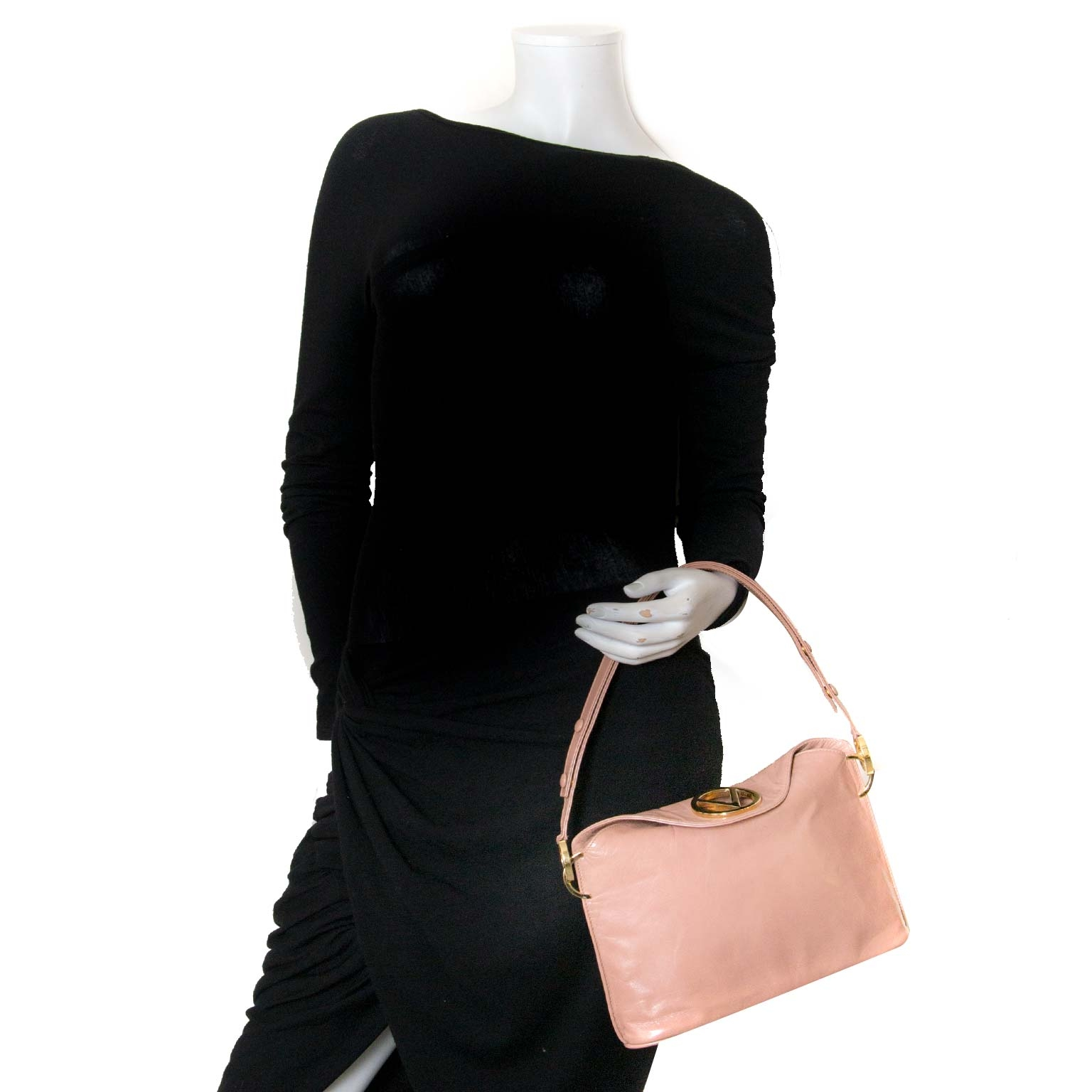 valentino blush logo flap bag now for sale at labellov vintage fashion webshop belgium