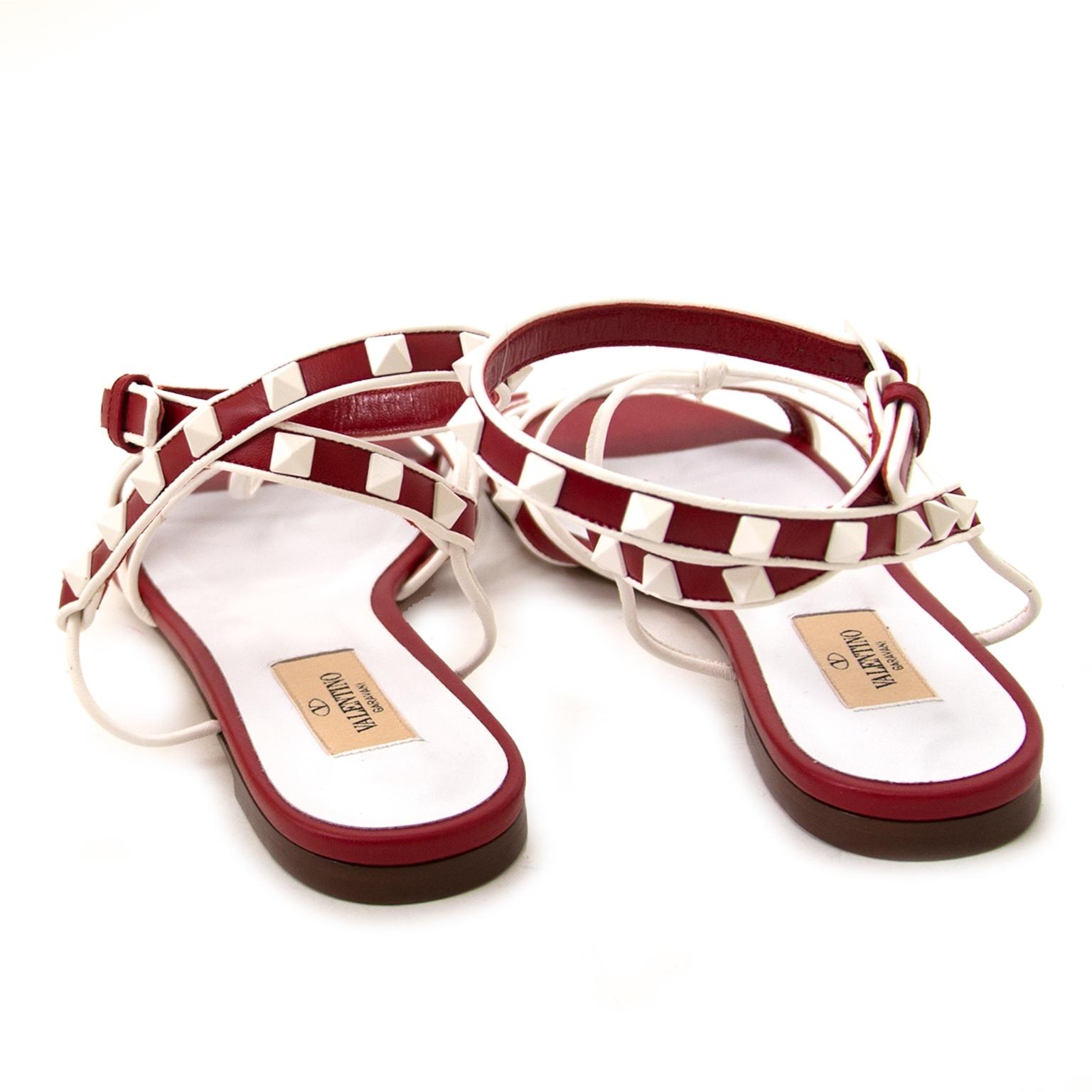 Koop authentieke valentino rockstud sandalen bij labellov vintage mode webshop belgië
