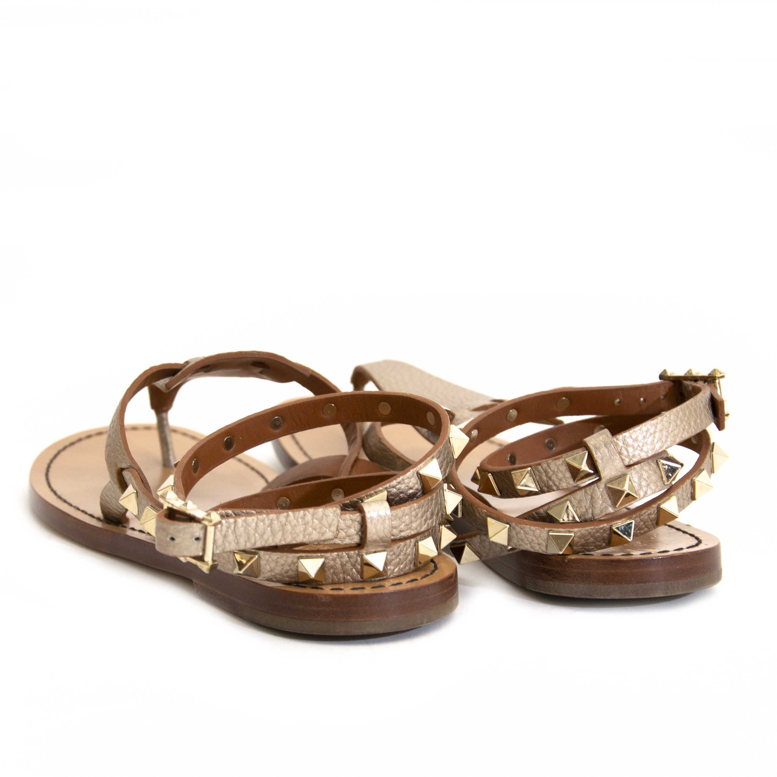 Valentino Gold Metallic Rockstud Sandals - size 37 like new online secondhand store