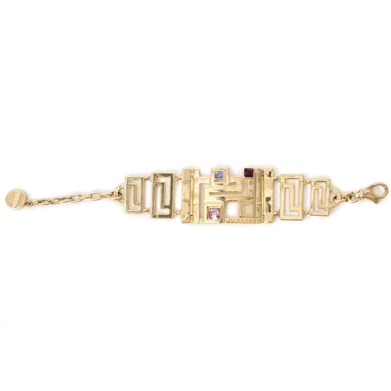 versace gold-toned armband met steentjes nu te koop bij labellov vintage mode webshop belgië