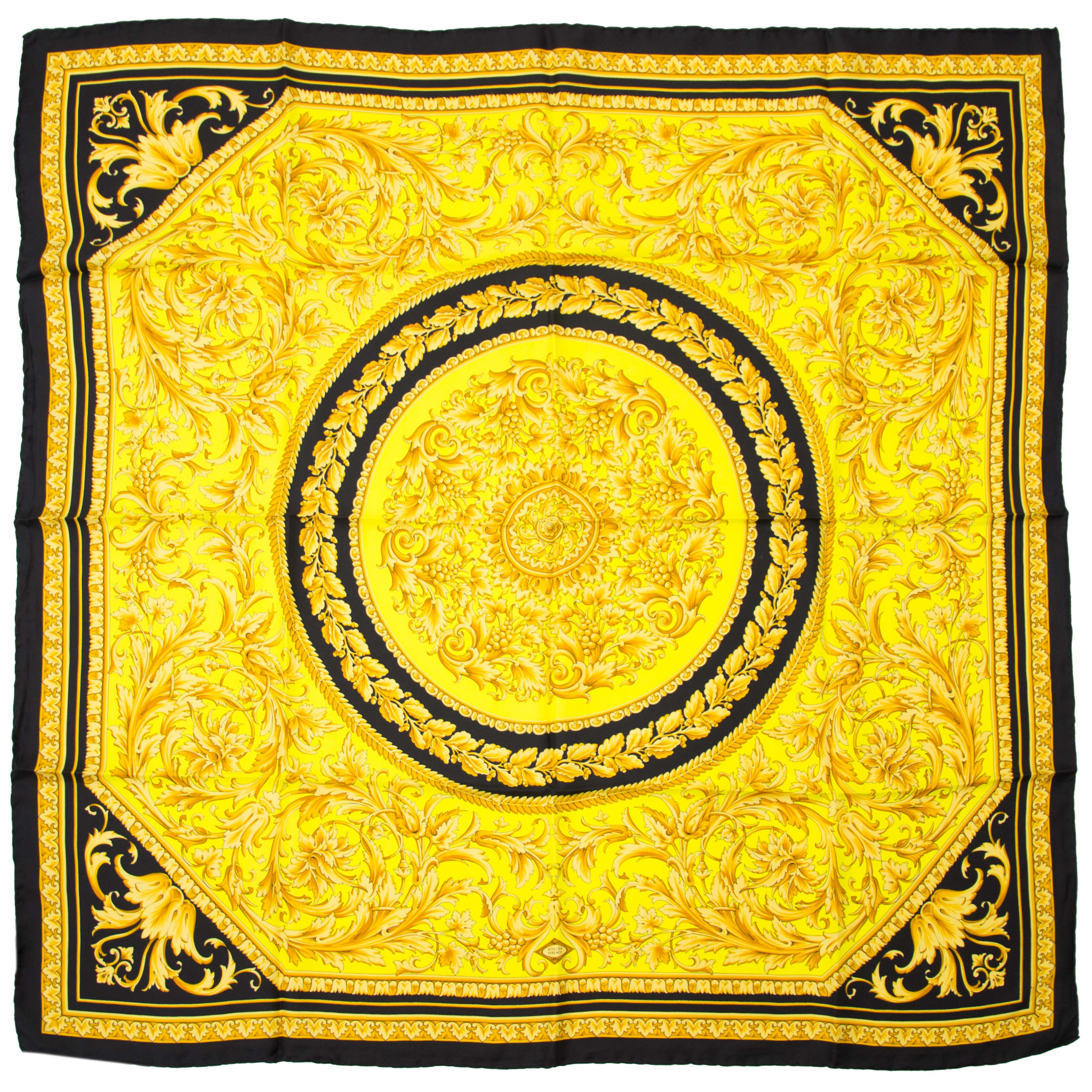 shop safe online at the best price Versace Gold Black Carré Scarf
