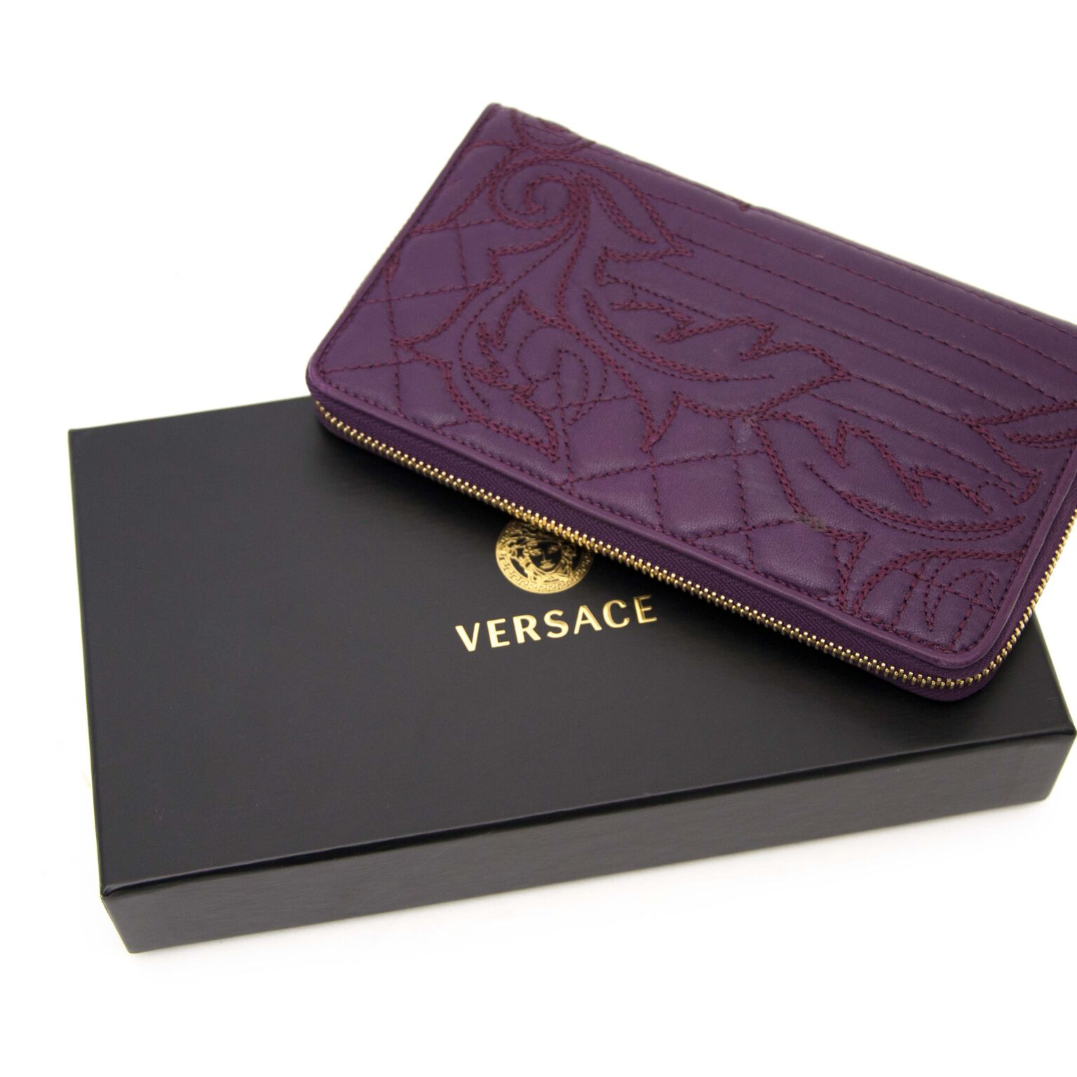 New Wallet from Versace in the color Burgundy