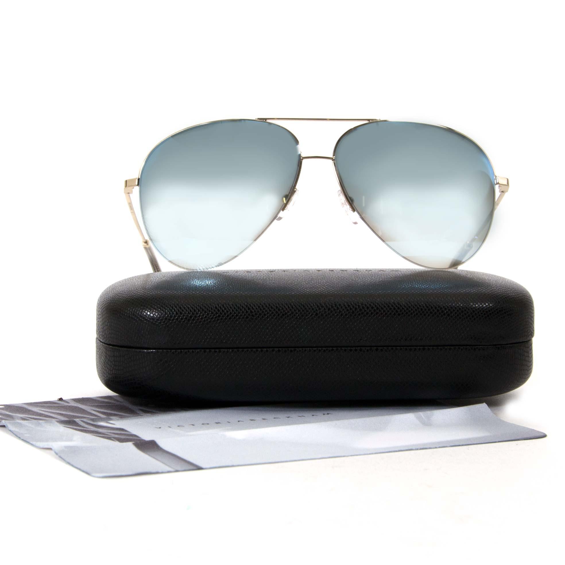 Victoria Beckham Flash Blue & Gold Classic Victoria Pilot Sunglasses pour le meilleur prix chez Labellov à Anvers