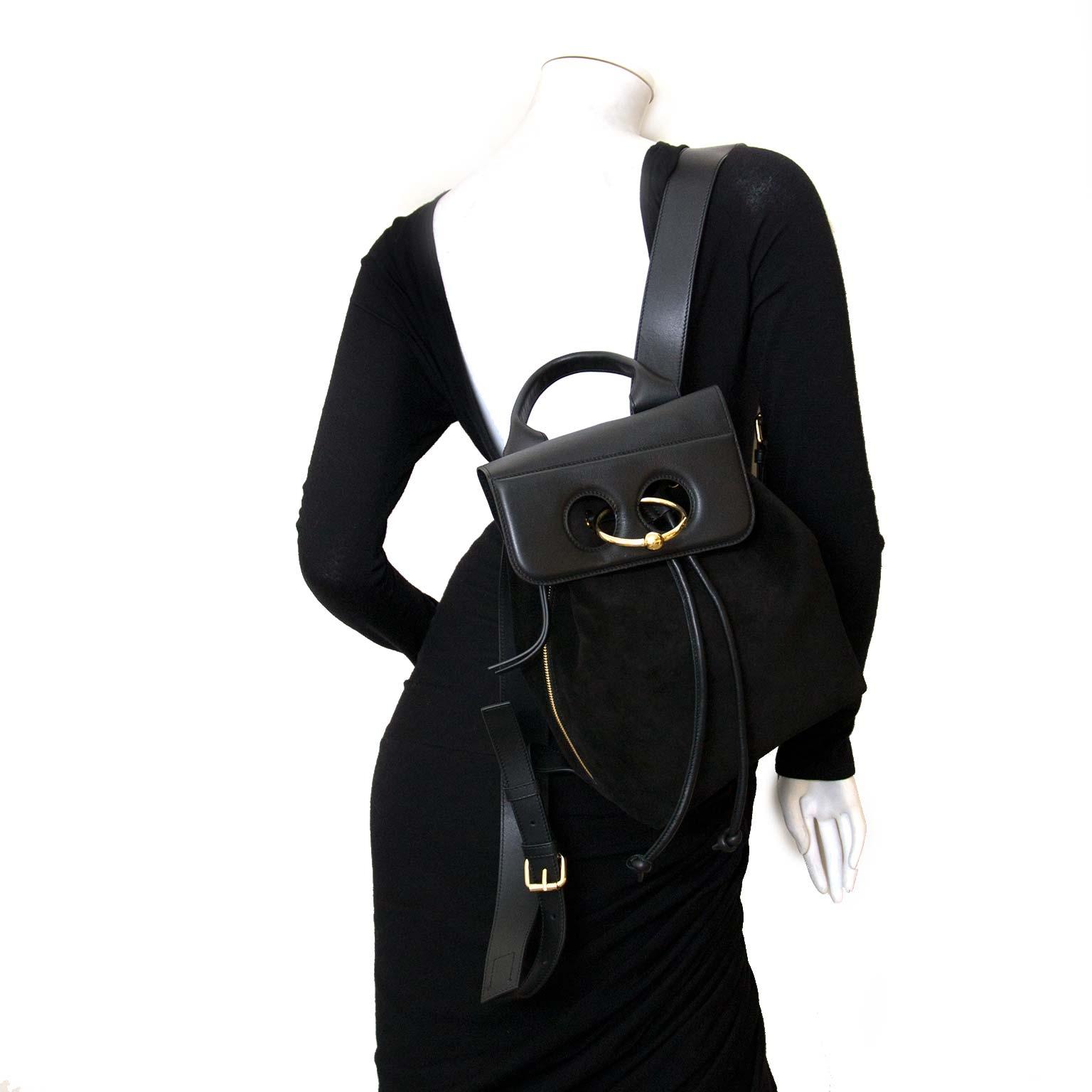 jw anderson mini pierce rugzak zwart te koop bij labellov vintage mode webshop belgië