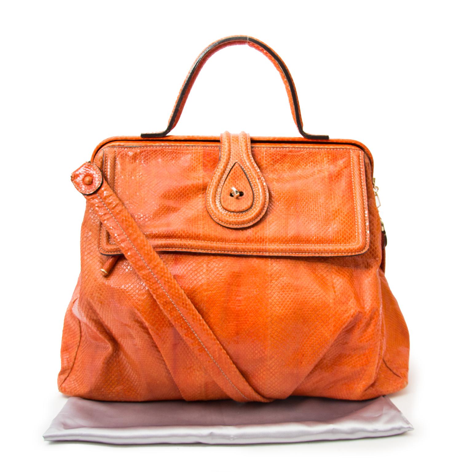 koop veilig online aan de beste prijs jou tweedehands Zagliani Orange Python Large Hobo Bag