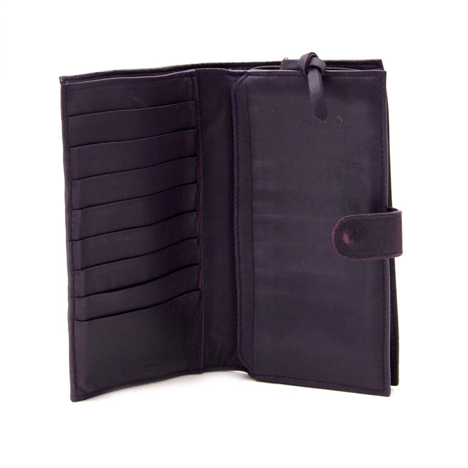 buy and sell designer items like bottega at labellov